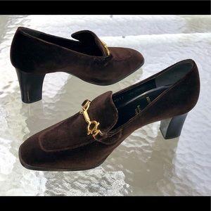 NWOT Bruno Magli Brown Velvet Heeled Loafers